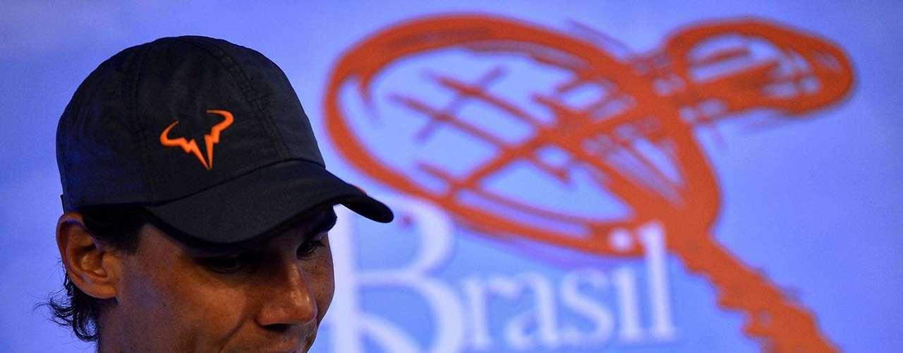 Rafael Nadal dá entrevista no Ginásio do Ibirapuera, em São Paulo