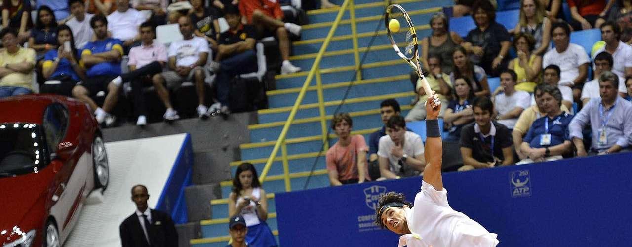 Rafael Nadal mostrou algum desgaste físico, já que está voltando a jogar agora e tem enfrentado uma \