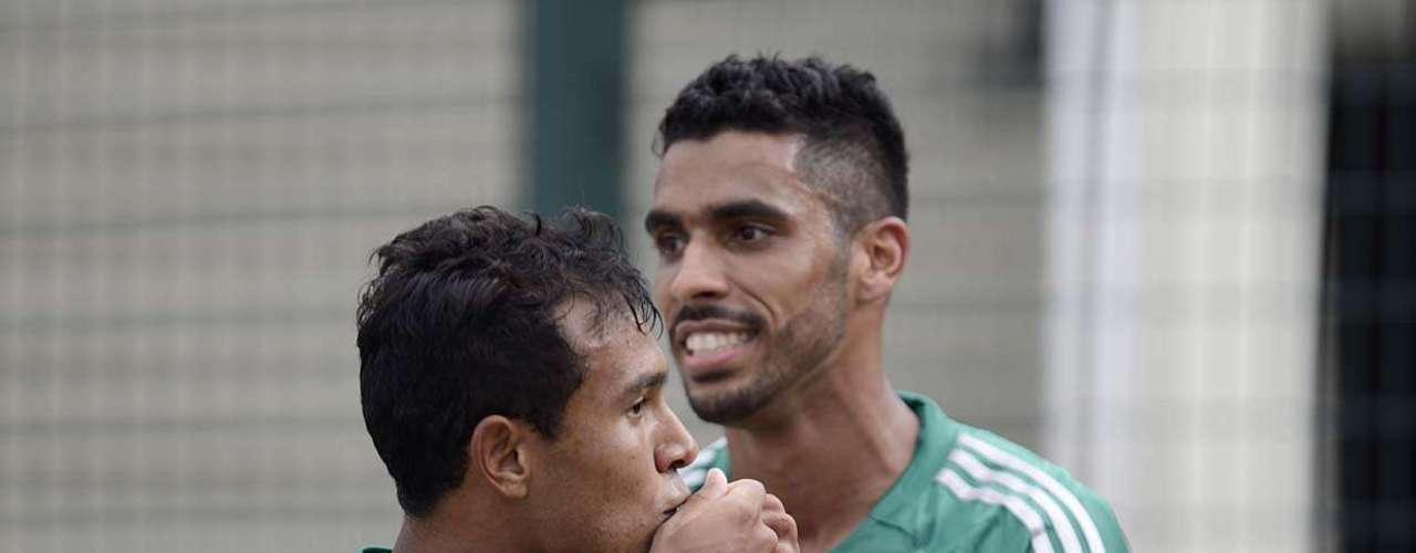Vinícius, 19 anos, fez seu jogo de número 54 pelo Palmeiras e comemorou o terceiro gol pelo clube
