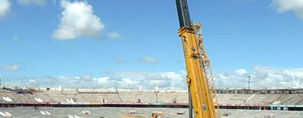 22 de fevereiro de 2013: o Internacional anunciou a conclusão da etapa de colocação das etapas dos pré-moldadosno anel inferior do Estádio do Beira-Rio