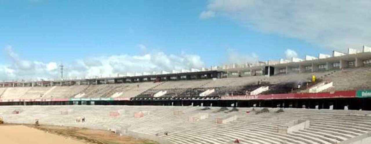22 de fevereiro de 2013: desta forma, toda aBeira-Rio já possui as novas estruturas