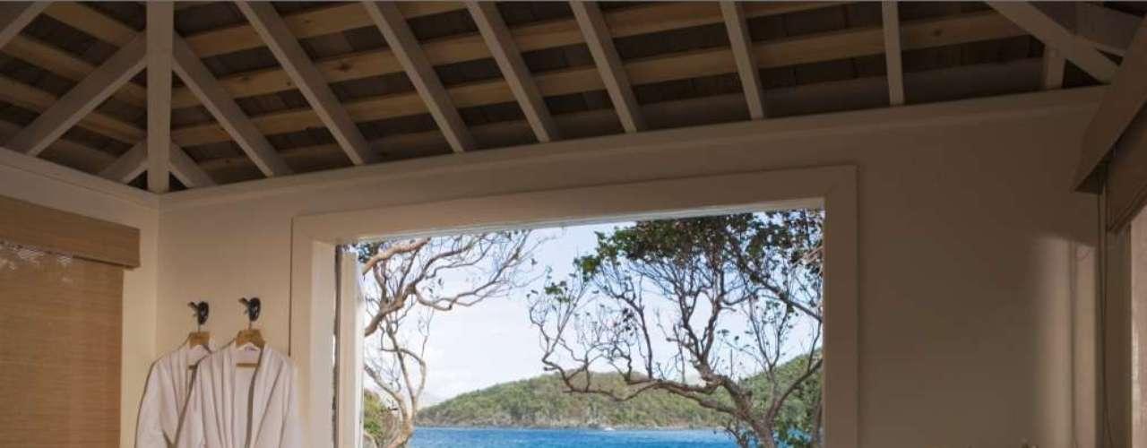 Caneel Bay Rosewood, Ilhas Virgens Americanas: situado no Parque Nacional das Ilhas Virgens, na ilha de Saint John, o hotel tem uma grande variedade de tratamentos com massagens corporais e faciais