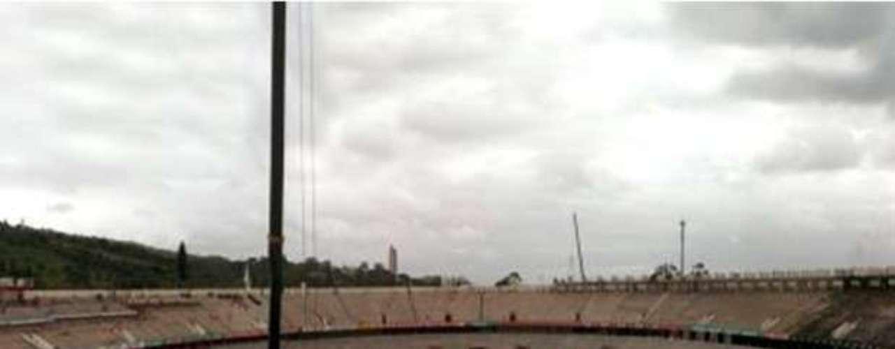 20 de fevereiro de 2013: o Inter iniciará em breveo plantio da grama no campo de jogo