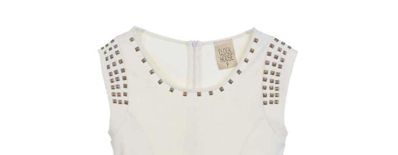 Blusa com spikes, da C&A. Preço: R$49,90. Informações: (11) 2167-0040