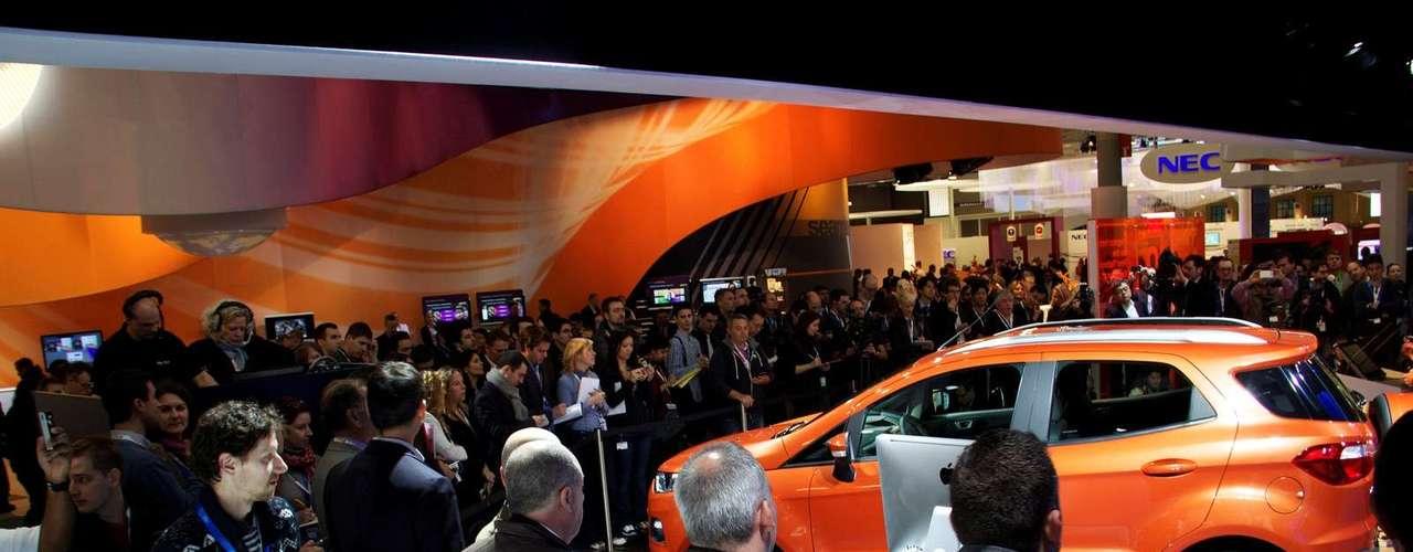 O modelo será oferecido na Europa com três versões de motores: 1.5 a gasolina de 110 cv, 1.0 EcoBoost de 125 cv e 1.5 diesel de 90 cv