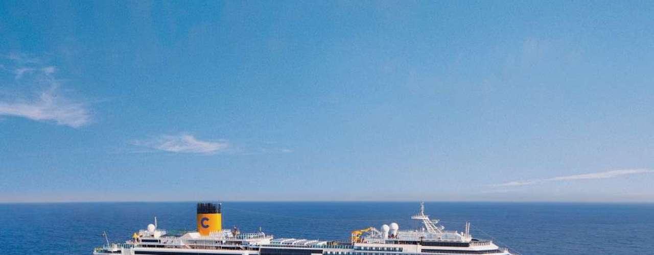 Costa Fascinosa  Com partida de Santos em 17 de março, esse navio da Costa Cruzeiros fará uma viagem de 22 dias passando pelas Ilhas Canárias, Portugal, Malta, Grécia, Croácia e chegada em Veneza, na Itália