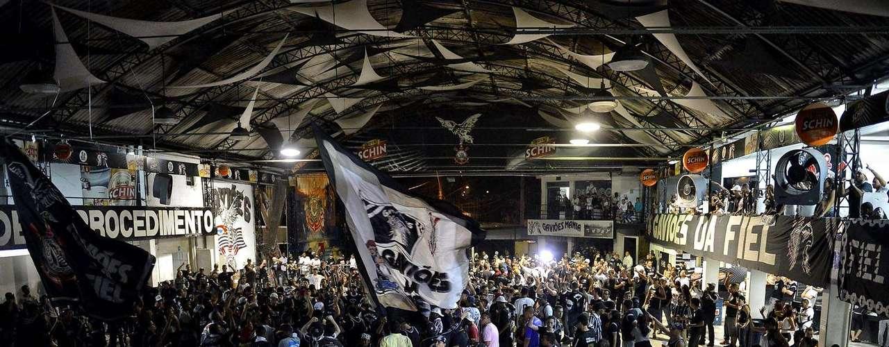 Quadra da Gaviões teve público abaixo do esperado para acompanhar partida entre Corinthians e Millonarios