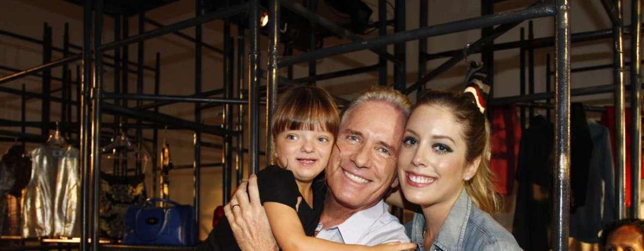Rafaella Justus, filha do empresário e apresentador Roberto Justus e da apresentadora Ticiane Pinheiro, roubou a cena no lançamento da coleção inverno 2013 da Pop Up Store