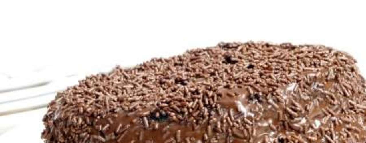 Bolo de chocolate fofinho.