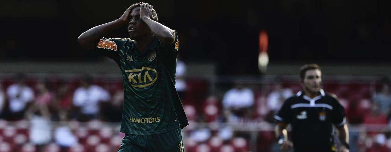 Patrick Vieira lamenta chance desperdiçada pelo Palmeiras