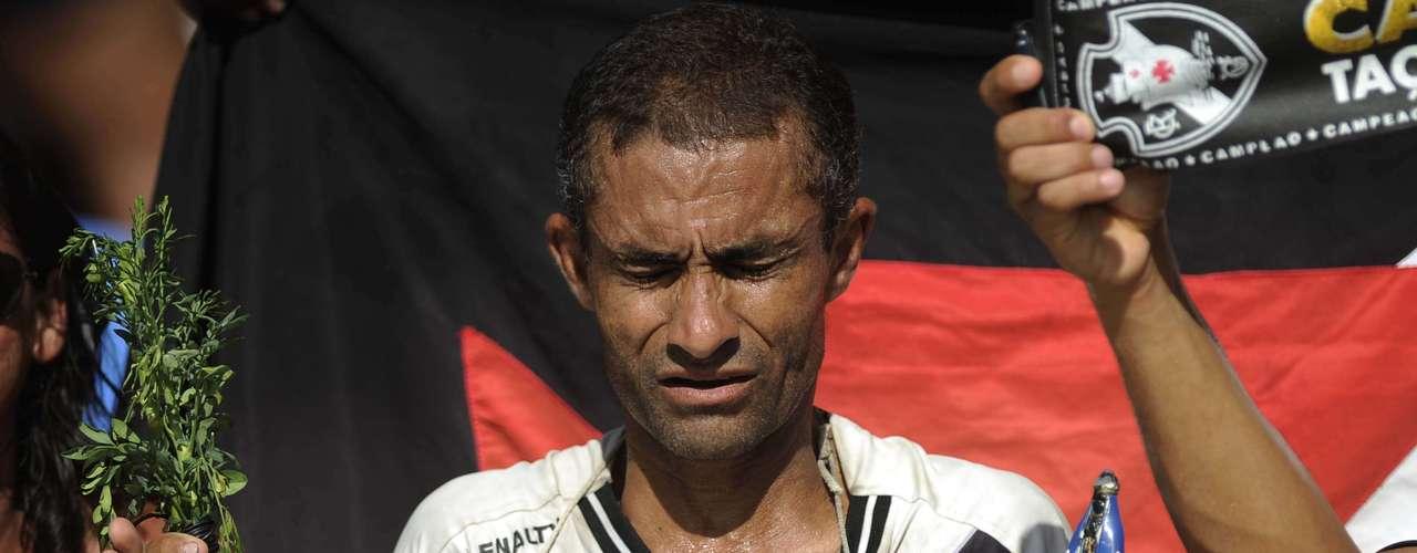 Torcedores de Botafogo e Vasco compareceram em bom número ao Engenhão para a final da Taça Guanabara, que viu a equipe da estrela solitária sair com o título