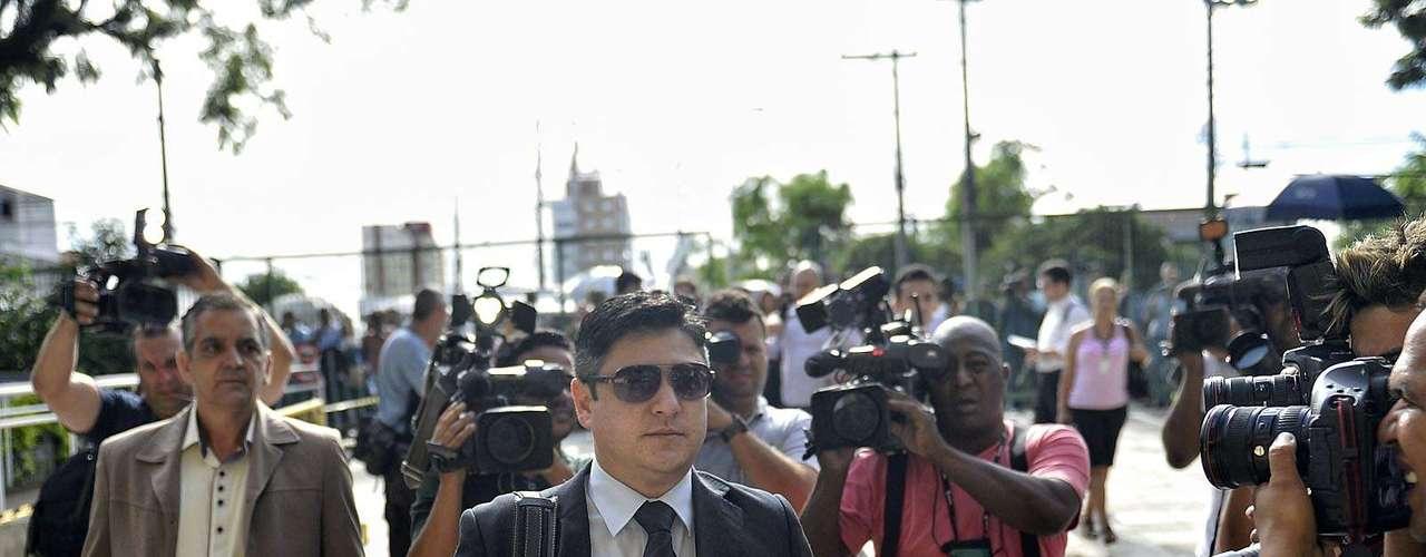 11 de março Márcio Nakashima, irmão de Mércia, chega para acompanhar o julgamento