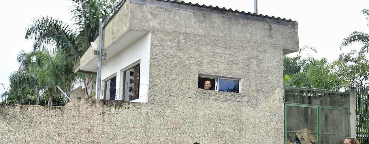 11 de março Pessoas protestam pela absolvição de Mizael
