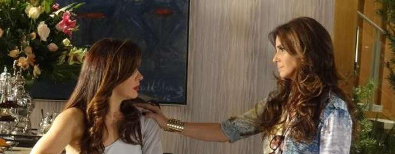 Helô (Giovanna Antonelli) não vai conseguir se segurar ao encontrar Lívia (Claudia Raia). Ao chegar ao hotel para saber o que aconteceu com Rachel (Ana Beatriz Nogueira), a delegada se depara com a vilã chorando e descobre que a socialite morreu, de uma suposta overdose. Irritada, ela acusa Lívia do crime