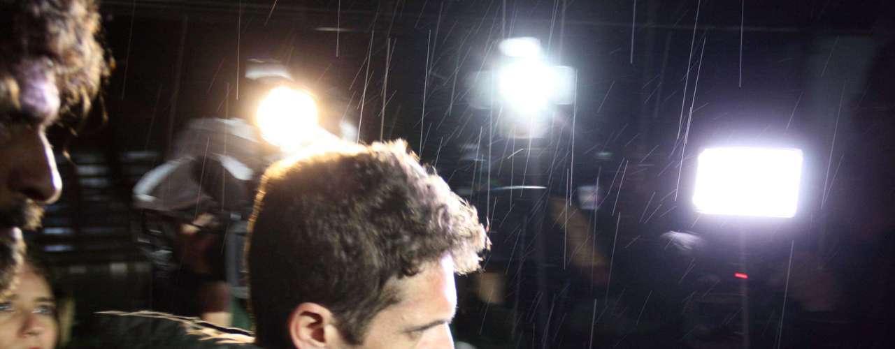 Hudson deixa a delegacia de Limeira na noite de quarta-feira (20)