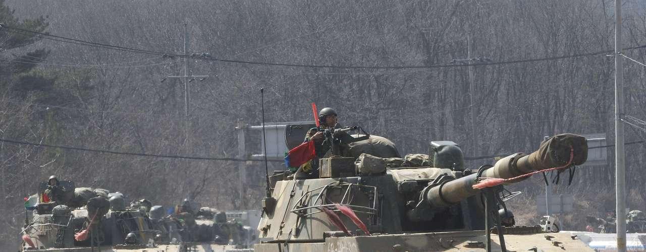 27 de março -Constantes ameaças da Coreia do Norte, que recentemente realizou um teste nuclear, deixam os vizinhos do Sul em alerta