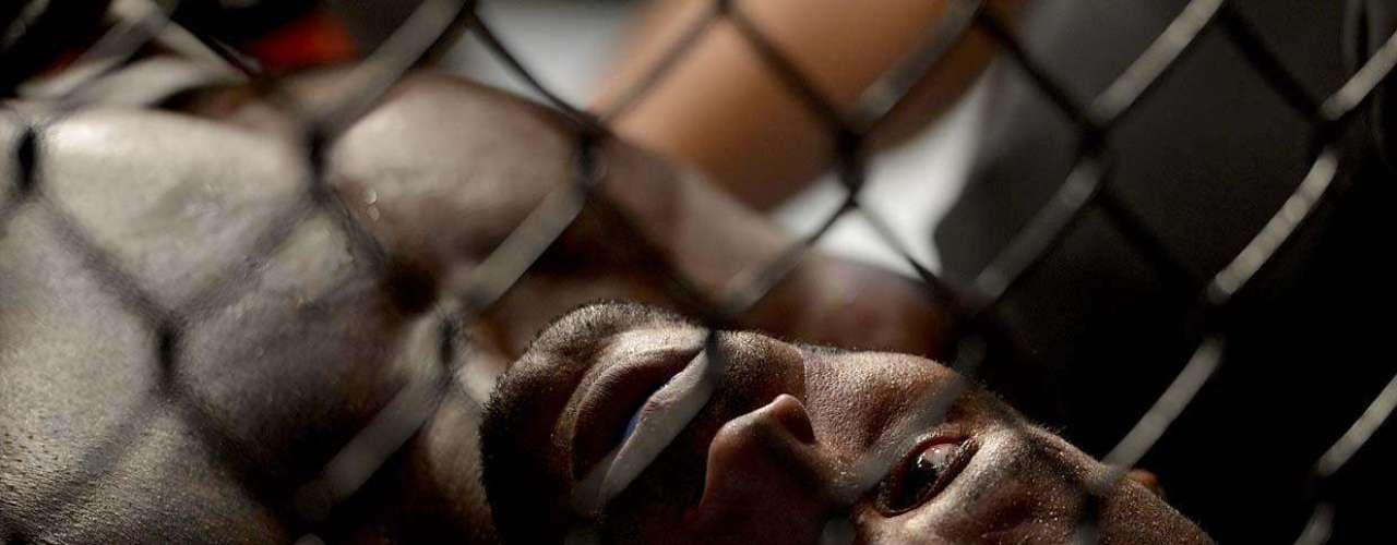 EM BAIXA FORA DO UFC Delson Pé de Chumbo perdeu para Francisco Massaranduba a única luta que disputou no UFC. Depois, fez apenas três lutas, com duas vitórias, mas uma derrota recente em evento internacional, contra o polônes Tomasz Drwal