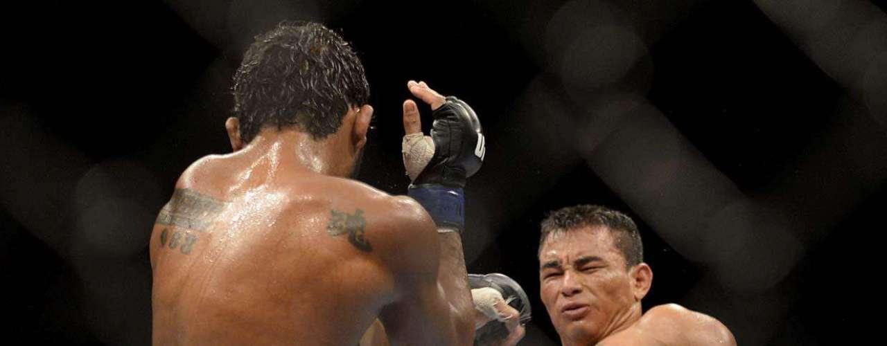 EM ALTA FORA DO UFC John Macapá estorou o peso e perdeu na única luta que fez pelo UFC, mas não ficou traumatizado com isso. Pelo contrário: fez quatro lutas em outras organizações e ficou invicto, com três vitórias e um empate