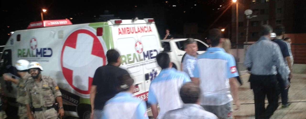 Jogadores foram levados para a delegacia, que fica no Estádio Independência