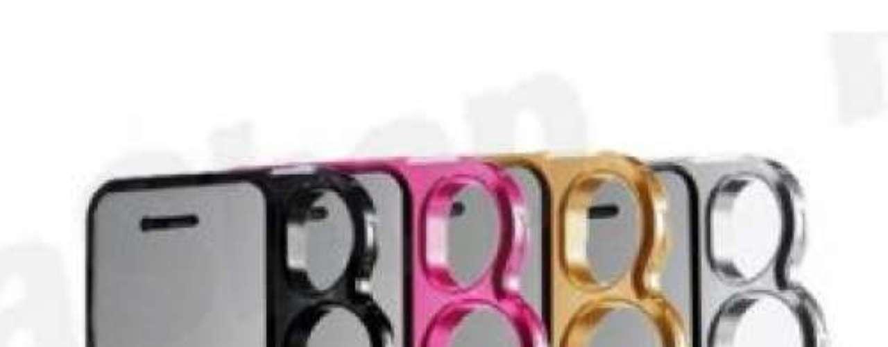 Capa para iPhone 5 em forma de soco inglês, da PlazzaShop. Preço: R$ 49,90. Informações: (42) 9800-8230