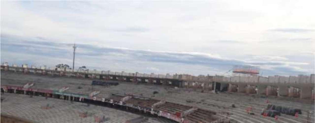 16 de abril de 2013:Construtura responsável pela reforma do Estádio Beira-Rio para a Copa do Mundo, a Andrade Gutierrez anunciou nesta semana a conclusão de mais uma etapa das obras