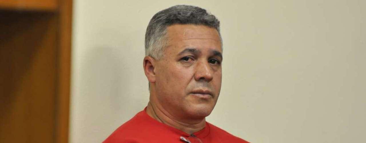 22 de abril - Segundo a defesa, Bola está sendo vítima de uma vingança do delegadoEdson Moreira, com quem tem uma rixa