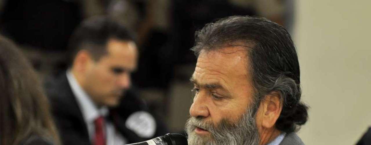 23 de abril O deputado estadual Durval Ângelo (PT-MG) fala como testemunha no julgamento de Bola. O parlamentar é presidente da Comissão de Direitos Humanos da Assembleia Legislativa de MG