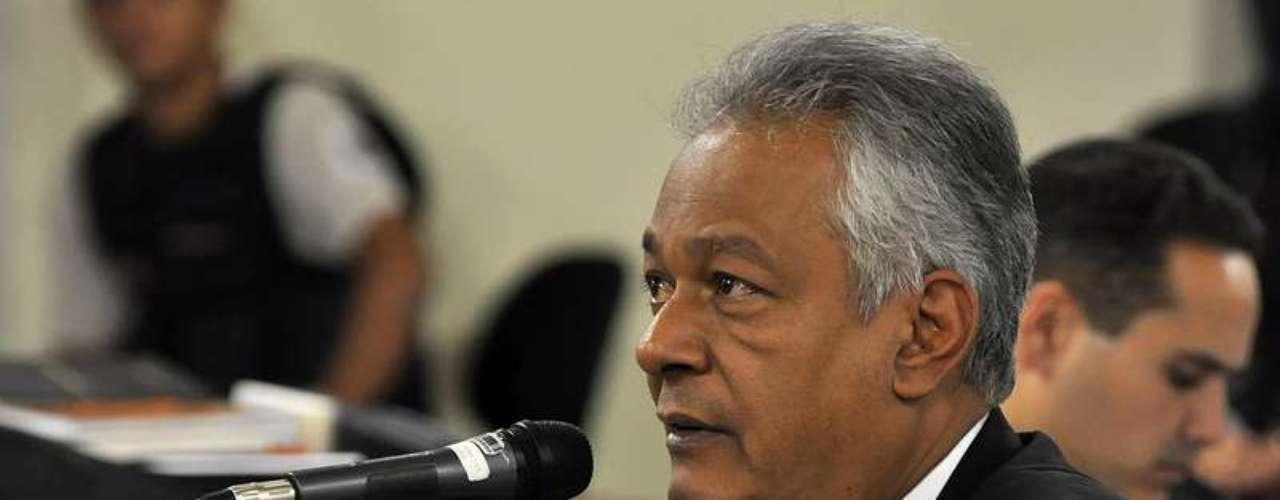 24 de abrilO delegado Edson Moreira depõe no julgamento de Marcos Aparecido dos Santos, o Bola