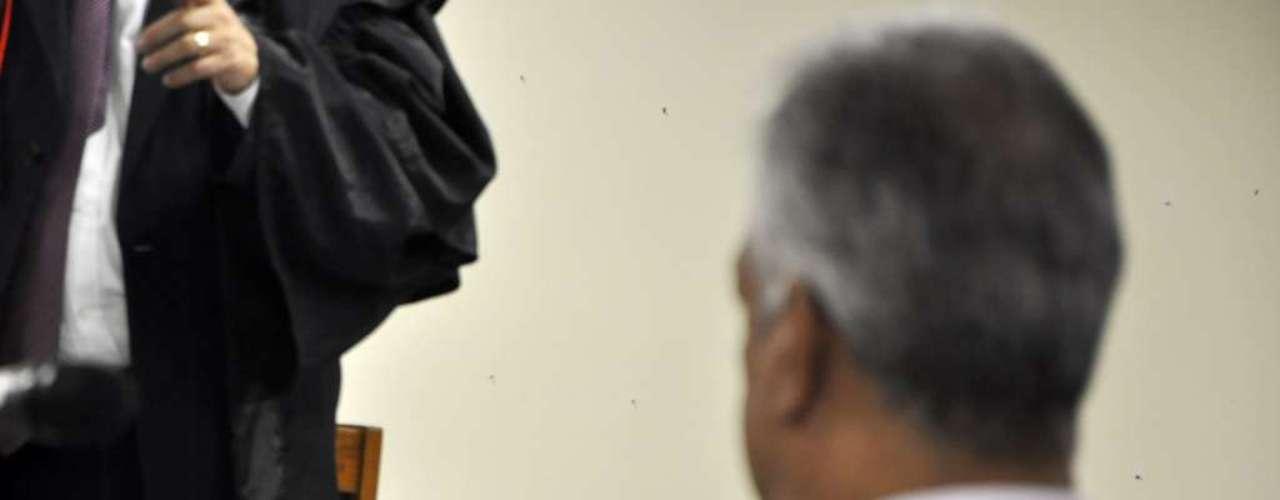 25 de abril - Julgamento do ex-policial Bola - acusado de matar, esquartejar e sumir com o corpo de Eliza Samudio - chega no quarto dia no Fórum de Contagem (MG)
