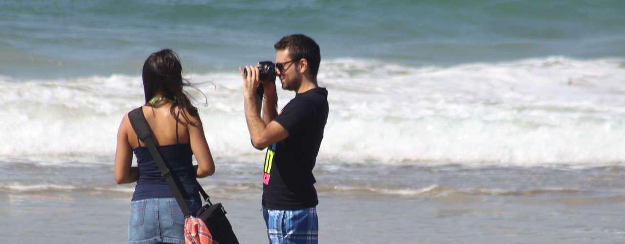 28 abril Os termômetros chegaram aos 30°C neste domingo em Florianópolis deixando mais uma vez as praias lotadas.