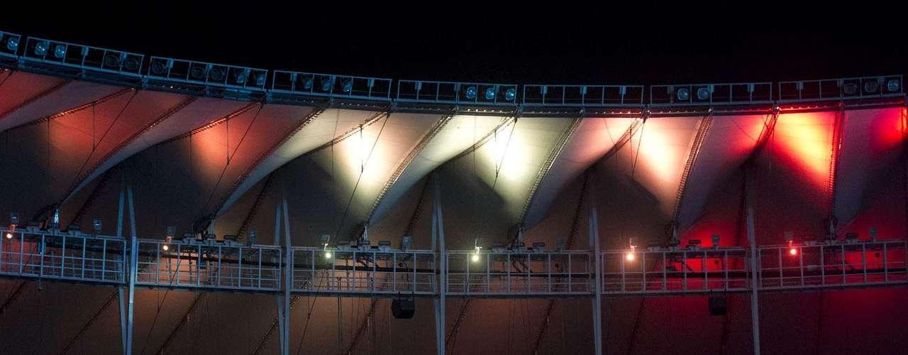 Iluminação nas novas tendas do Maracanã chamou atenção