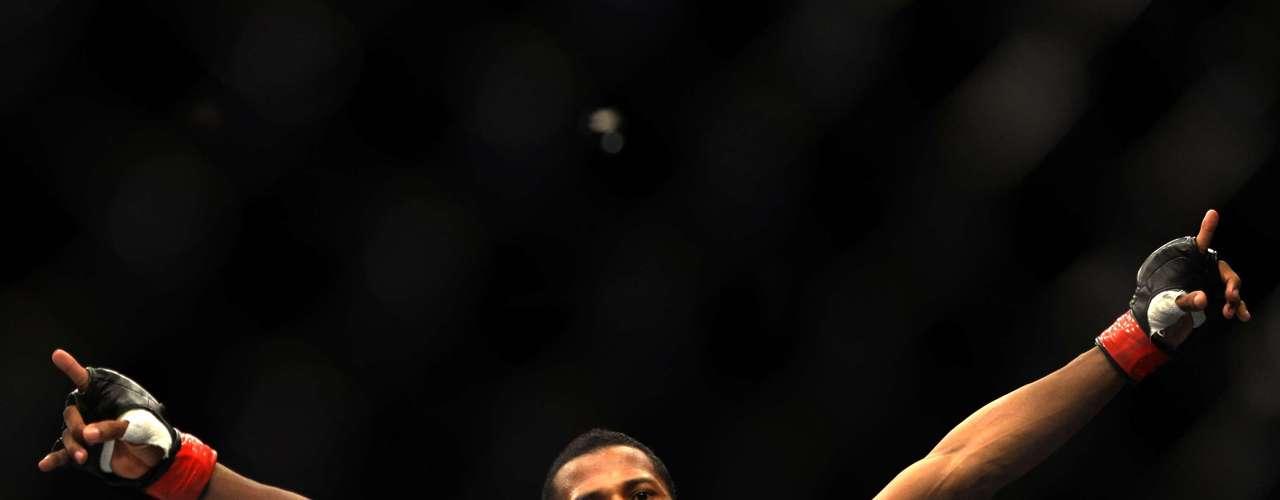 Yuri Marajó nocauteou Iliarde Santos logo com 2min31 de luta, na vitória mais rápida do UFC de Jaraguá do Sul