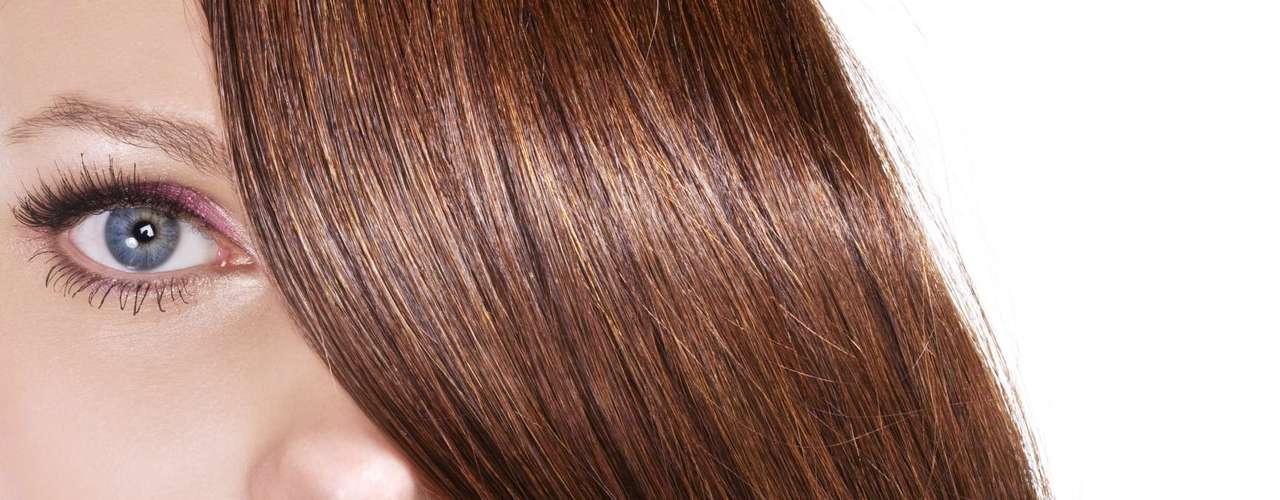Se não aparados,os pelos pubianosnão chegam a ficar compridos como os cabelos. É que a fase de crescimento dos pelos da região é muito menor que a do cabelo em sua cabeça, contou a dermatologista Susan Taylor. Fora isso, o atrito com a roupa e o movimento normal causam quebras frequentes
