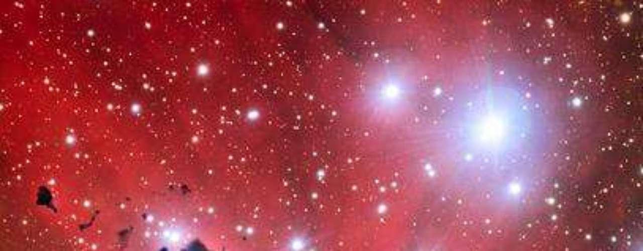 Imagem divulgada pelo ESO comemora os 15 anos do telescópio VLT.