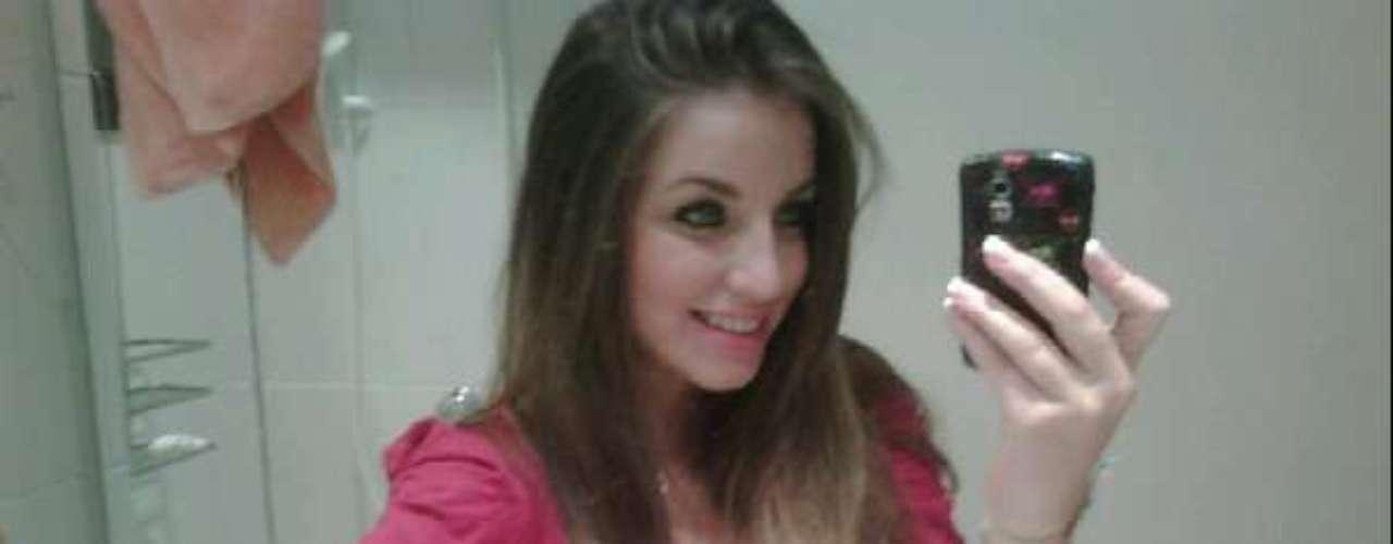 Bruna Unzueta (ex-namorada de Lucas)