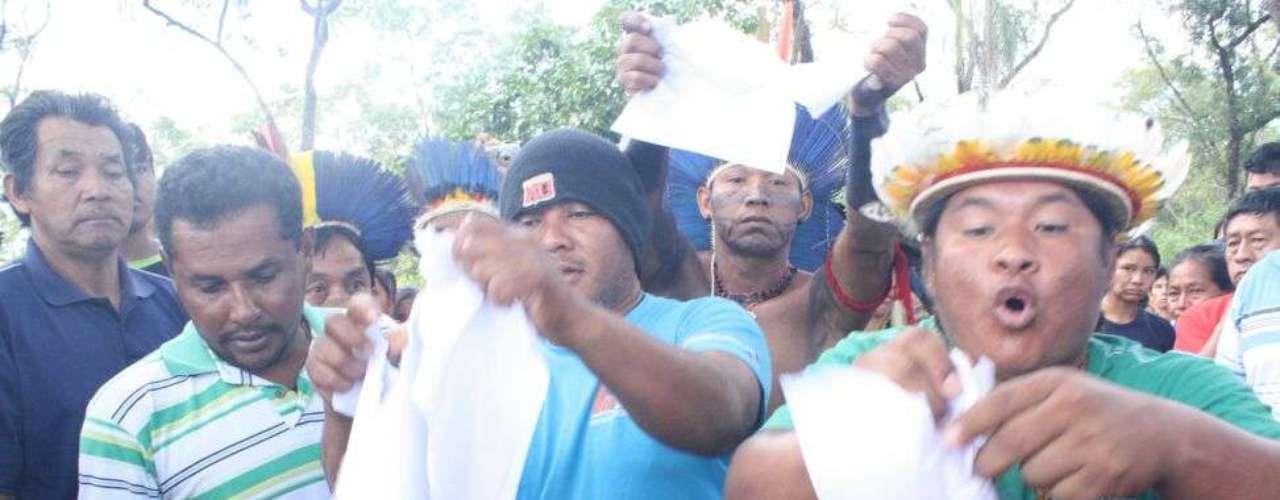 3 de junho - Grupo da etnia terena se sentiu traído com decisão após negociar 'trégua' em reunião com o CNJ
