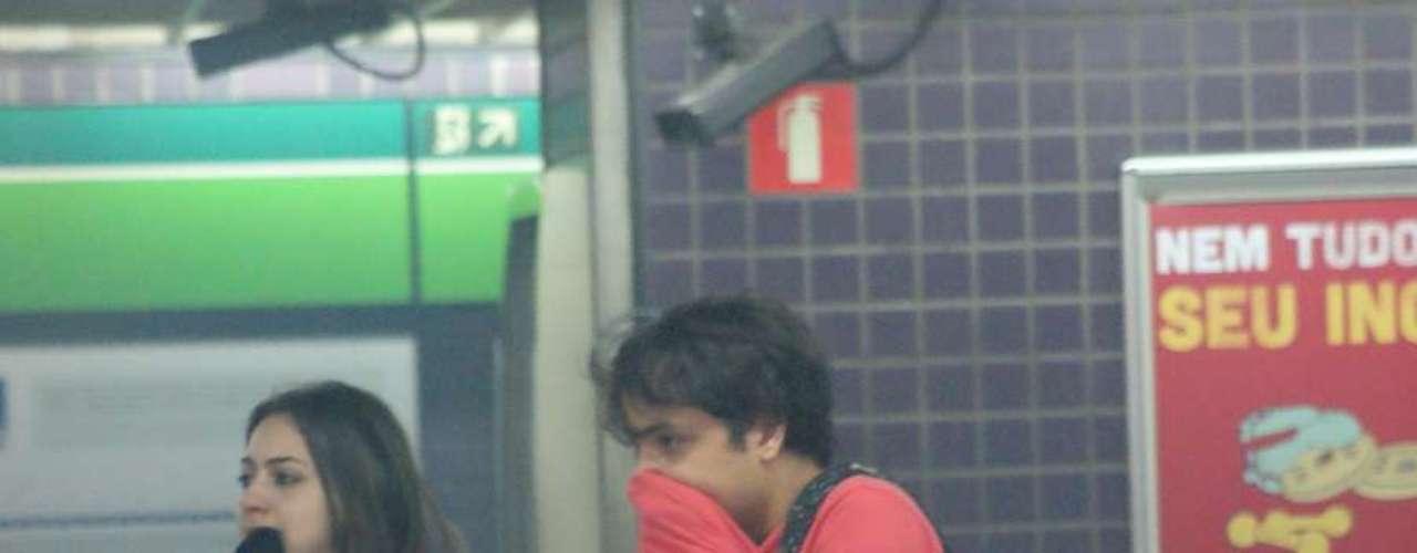 13 de junho - A Tropa de Choque da PM jogou uma bomba de efeito moral dentro da Estação Consolação durante os protestos