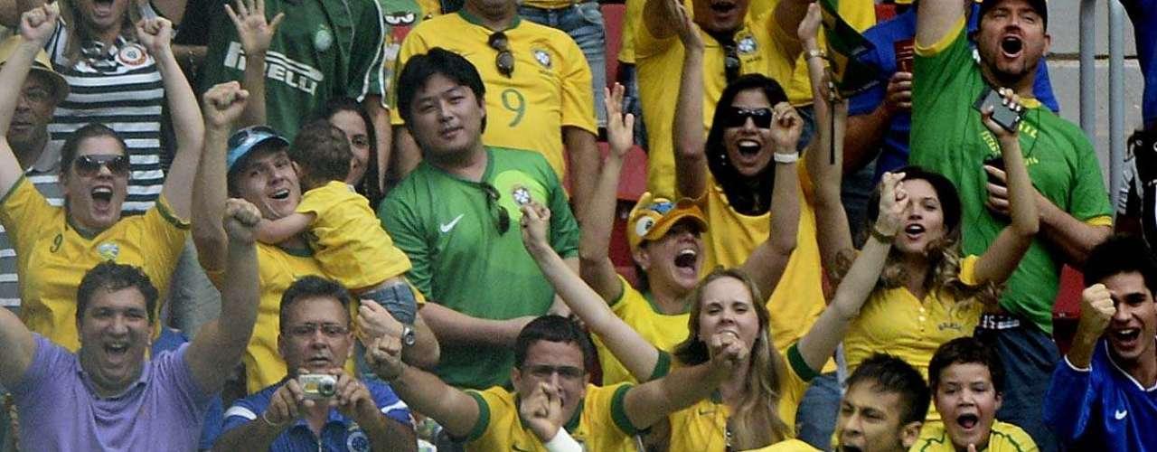 Neymar abre placar contra Japão e marca gol com 3min de jogo; Seleção Brasileira disputa o primeiro jogo da Copa das Confederações