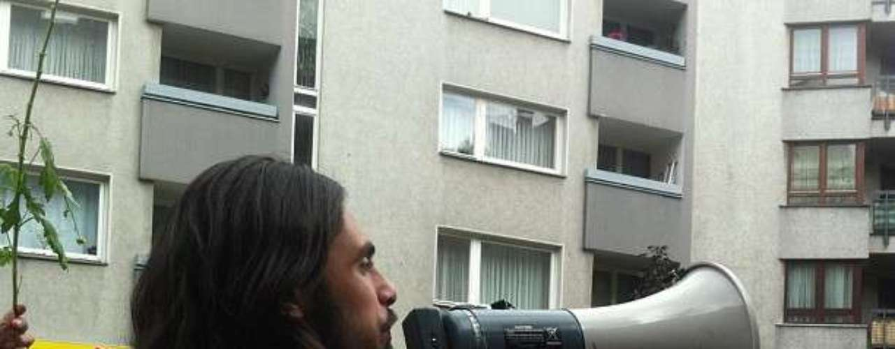 16 de junho -Além de criticar a repressão policial, os manifestantes querem que a mídia internacional dê mais atenção ao assunto