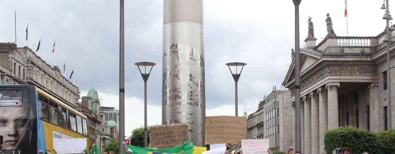 16 de junho -A ação ocorreu em frente ao Spire, situado na rua O'Connell