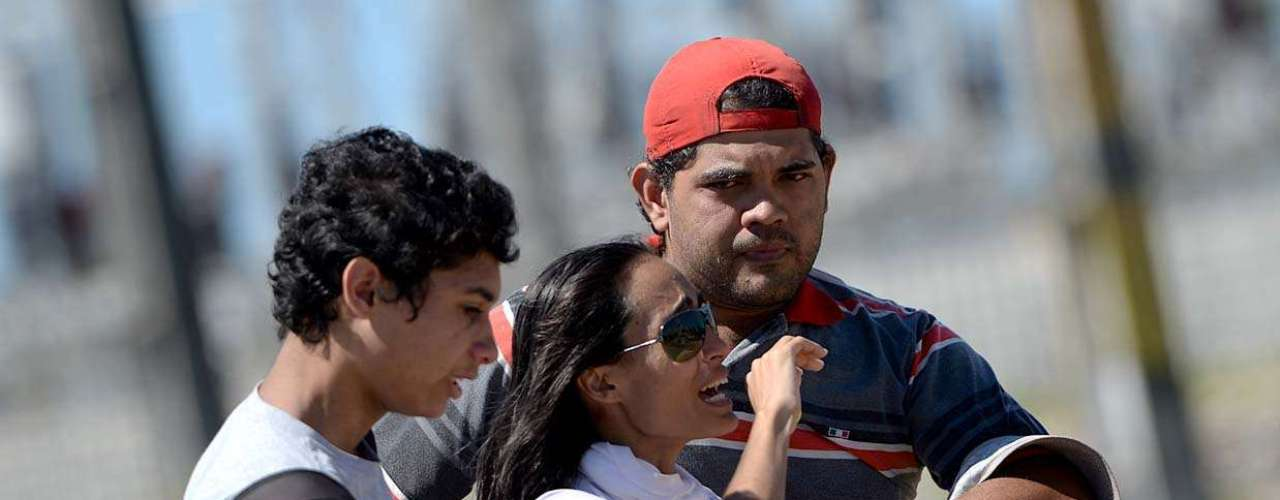 Mais cedo,o coronel Cláudio Mendonça, responsável pelo policiamento do local, disse que aorientação passada aos policiais é para apenas observar a manifestação