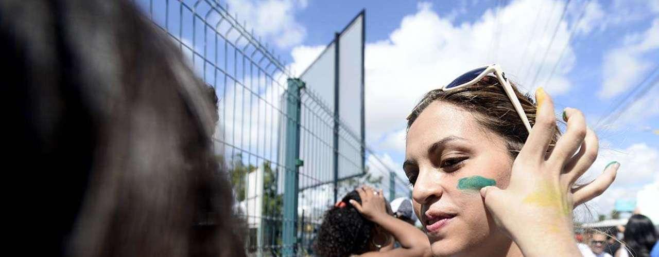 Grito foi incorporado a outros que ficaram famosos ao longo das últimas semanas nas ruas das cidades brasileiras