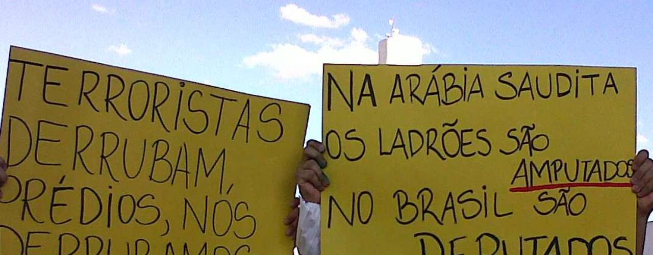 20 de junho Manifestantes fazemprotesto emBrasília