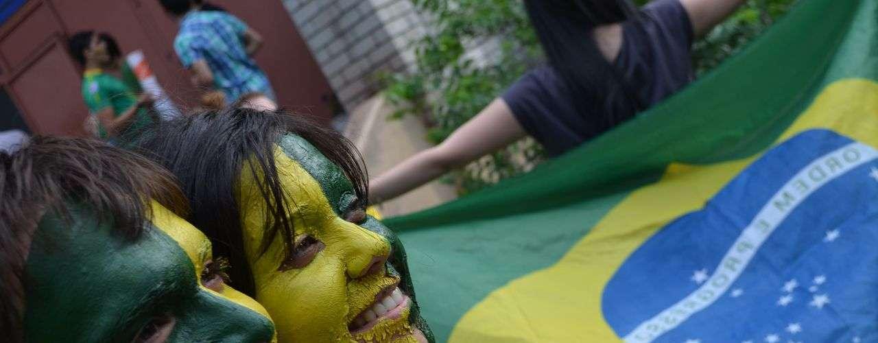 18 de junho - Atos em apoio aos protestos brasileiros também chegaram à Rússia