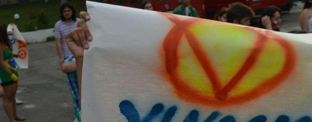 18 de junho - Faixa lembra o uso do vinagre, que chegou a ser proibido pela Polícia Militar nos protestos ocorridos em São Paulo