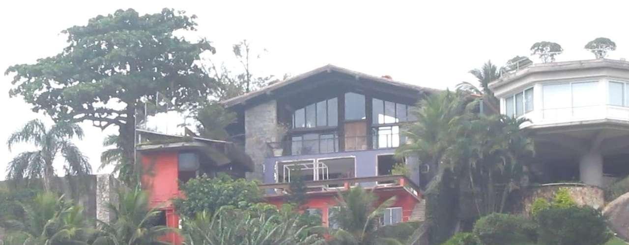 O espanhol havia comprado recentemente uma mansão por R$ 4 milhões