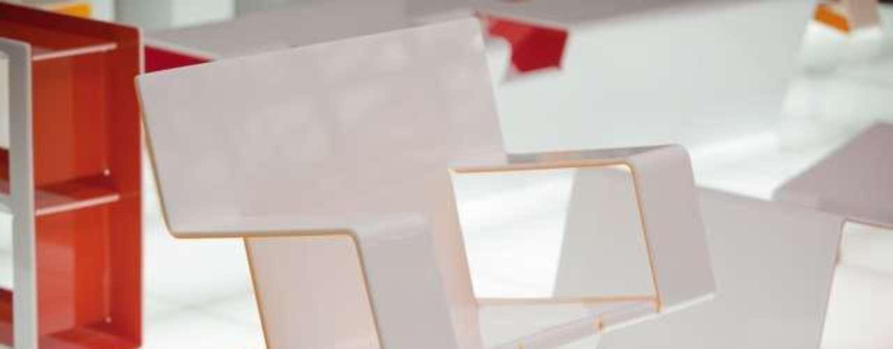 Poltrona da linha Kirigami é assinada pelo designer chileno Enrique Rodrígues radicado em São Paulo. Preço sob consulta. As peças são comercializadas pelo Galpão Enrique Rodrígues, em São Paulo. Informações: (11) 3266-2528