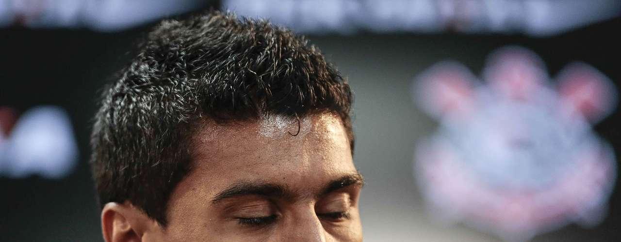Paulinho (Corinthians) O volante confirmou que trocará o clube paulista pelo Tottenham. Foram pagos R$ 58,2 milhões pelo jogador