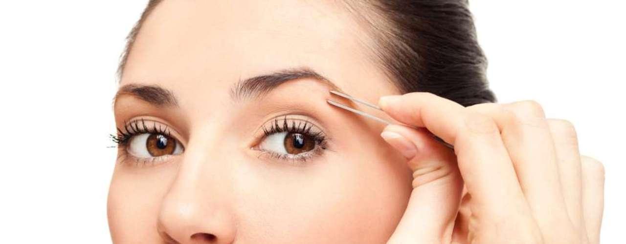 Devido à retirada excessiva dos pelos, o bulbo capilar pode ser danificado e resultar em falhas visíveis