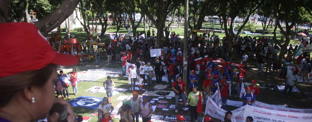 Belém -  O Dia Nacional de Lutas em Belém fez caminhadas, entregou pautas de reivindicação e fez reuniões com representantes da prefeitura e do Governo do Estado até o início da tarde